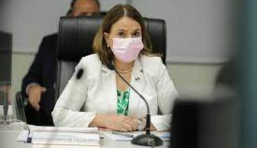 ML | Ministra Maruja Gorday.